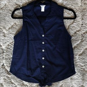 Forever 21 navy blue sleeveless button down